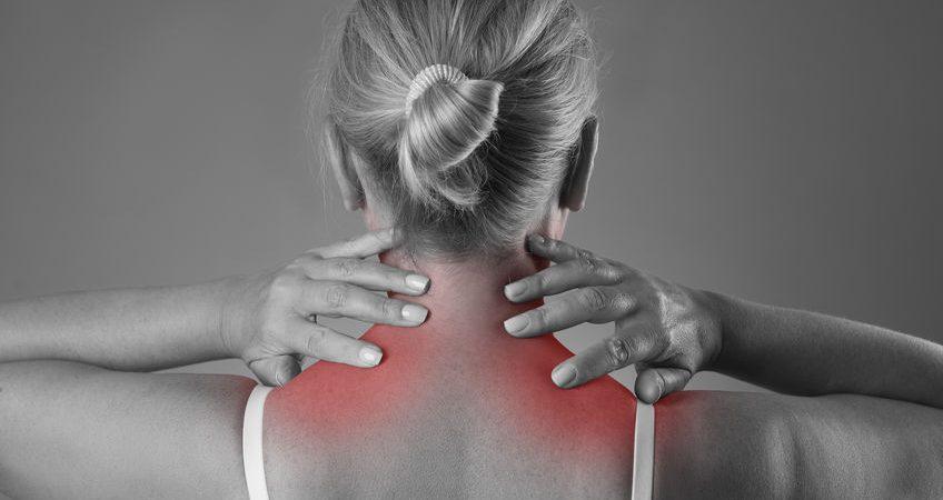 L'ostéopathie pour soulager les douleurs de l'entorse cervicale